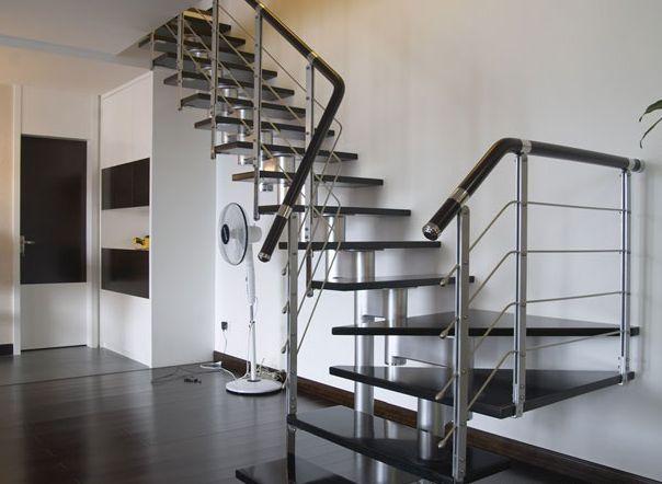 室內不銹鋼立柱樓梯扶手高度規范